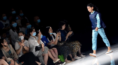 Graduate fashion week held in China's Henan